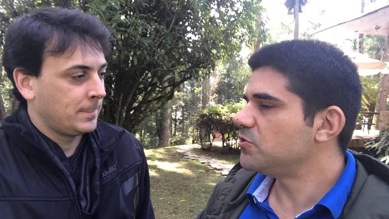 Alan Pakes do CONAED e Allan Costa do Viaje Mais Pagando Menos
